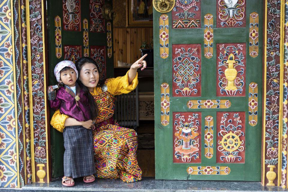 Mutter und Kind in Thimphu