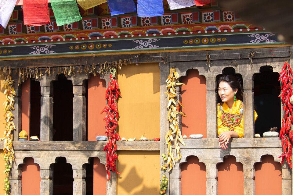 Frau in Bhutan