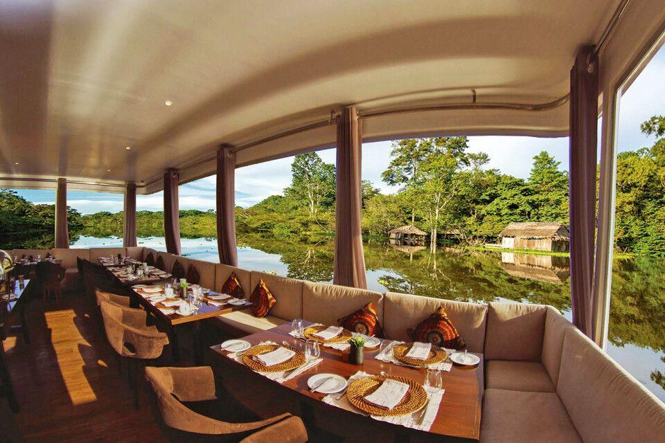 M/V Zafiro – Restaurant an Bord