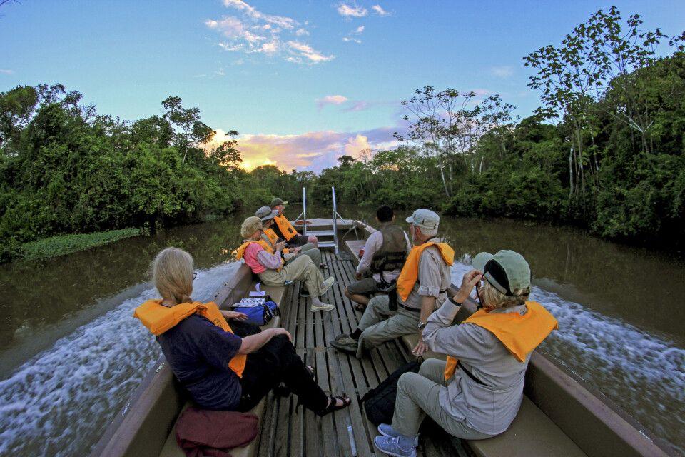 Exkursionen im Amazonasregenwald mit der M/V Zafiro