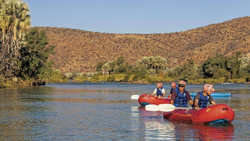 Epupa Camp – Kanus auf dem Kunene © Diamir