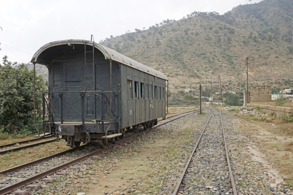 Nefasit Bahnhof