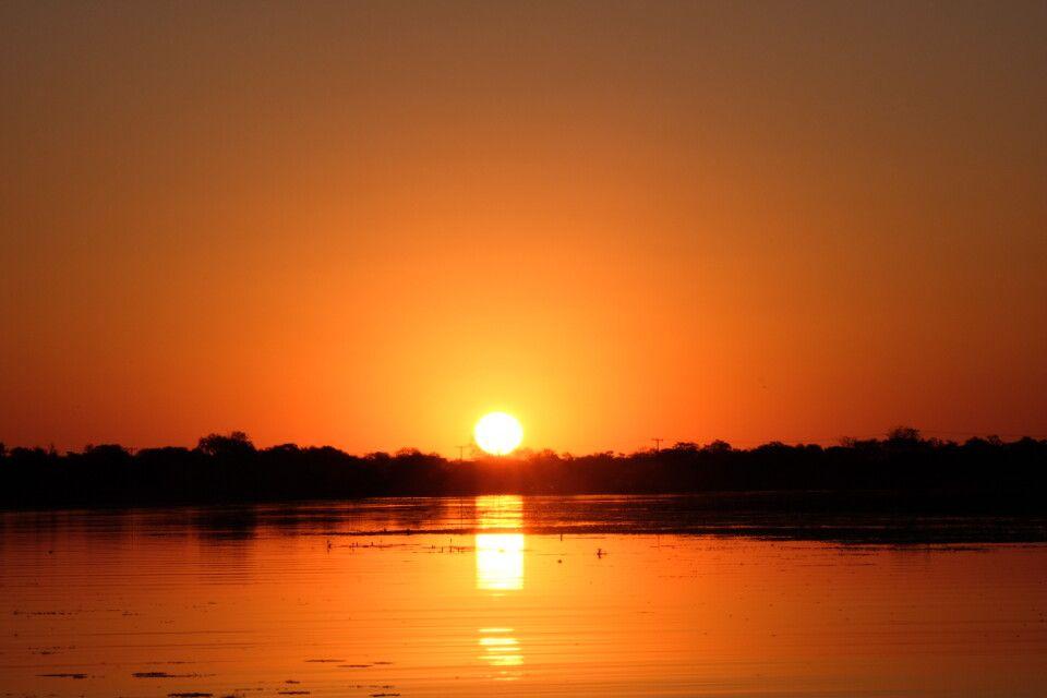 Traumhafte Sonnenuntergänge sind in Afrika garantiert