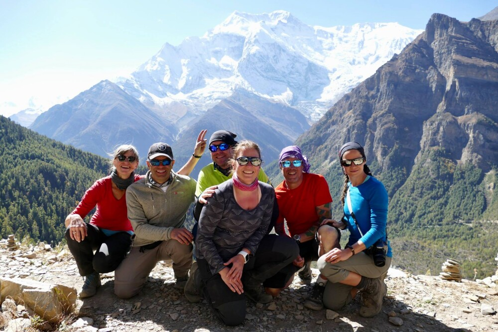 Panorama mit Annapurna II im Hintergrund