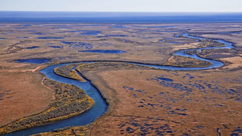 Kronotsky-Fluss zum Pazifik hin © Diamir