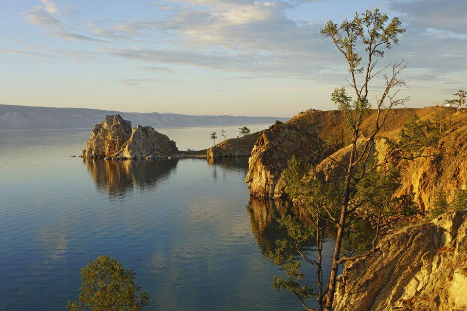 Baikalsee mit Schamanenfelsen