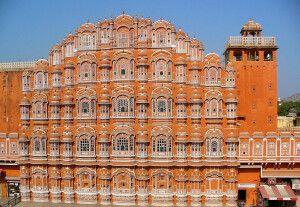 Palast der Winde (Hawa Mahal) in Jaipur - Fassade