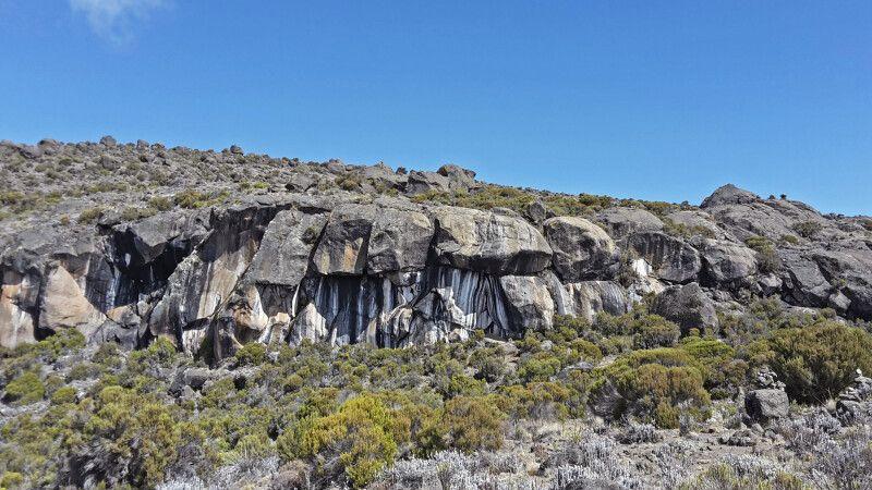 Die Zebra-Felsen © Diamir