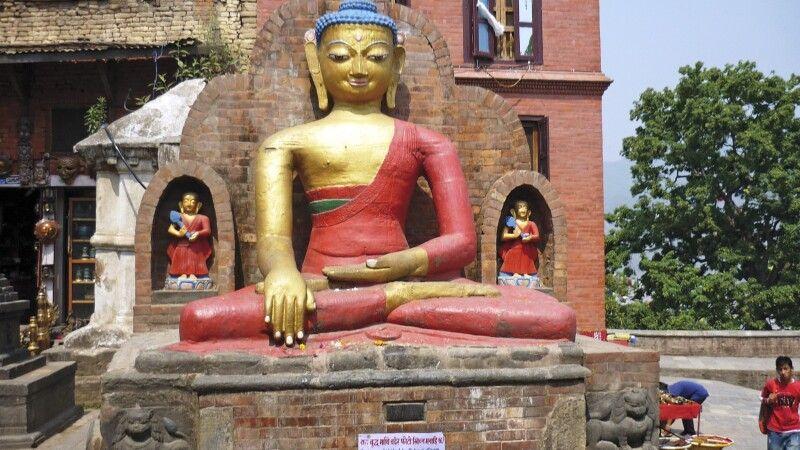 sitzender Buddha von Swayambhunath © Diamir