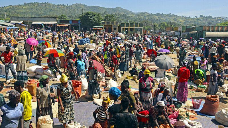 Markttag in Jinka © Diamir