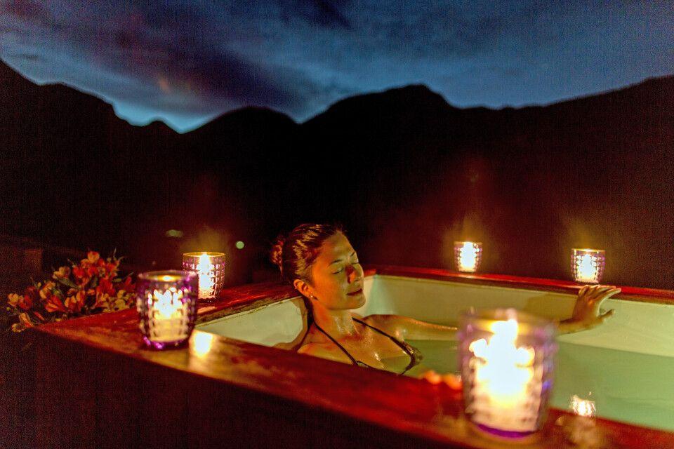 Huacahuasi Lodge – Entspannung pur im Jacuzzi (Lares Trek)