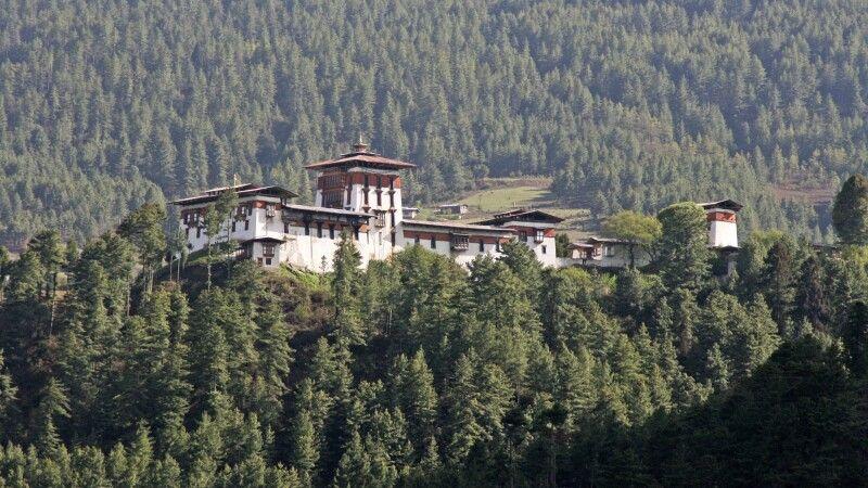 Jakar Dzong in Bumthang © Diamir