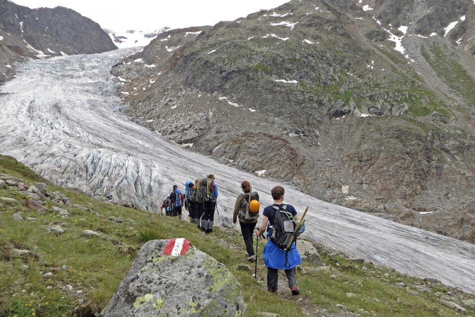 Erste Wanderung zum Gletscher