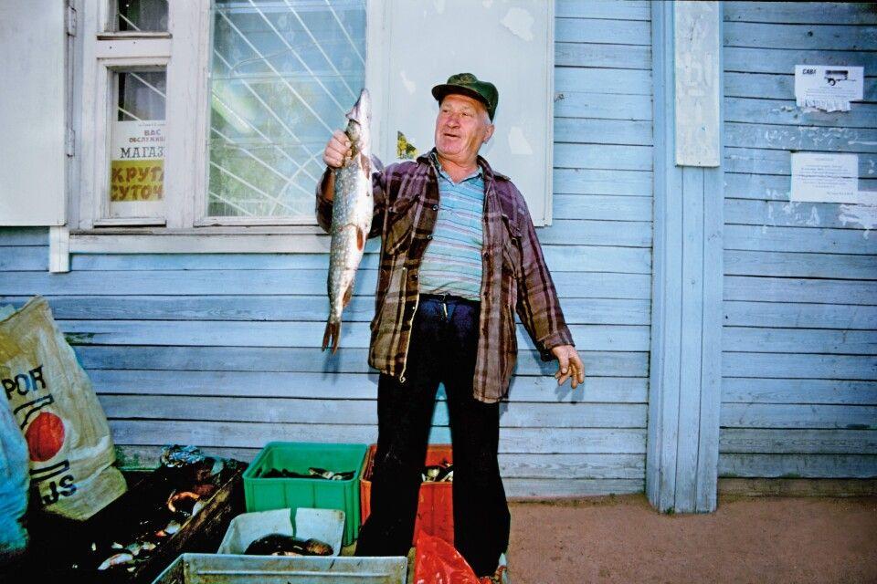 Fischer mit Fang