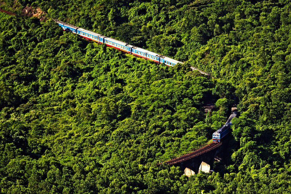 Mit dem Zug durch Vietnam – Wolkenpass