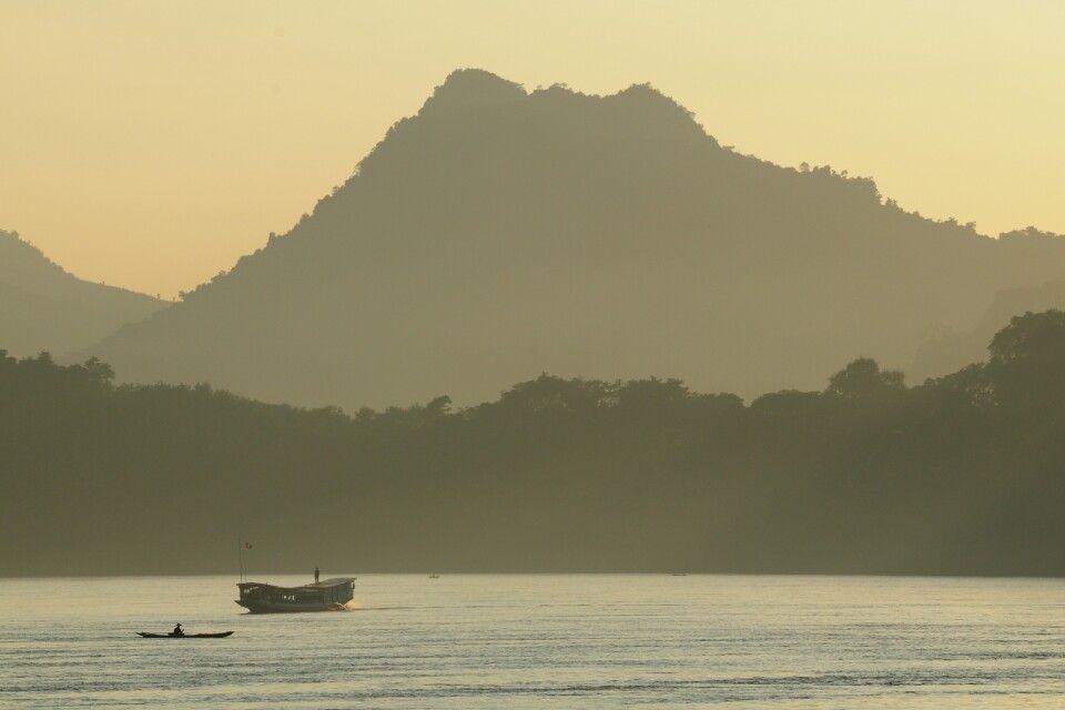 Sonneuntergang über dem Mekong in Luang Prabang