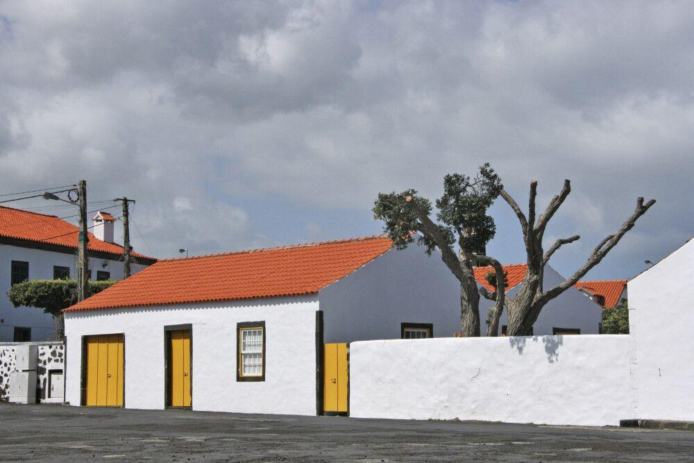 Dorf-Stillleben in Lajes do Pico