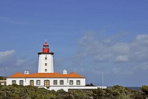 Der Leuchtturm am Ostzipfel der Insel Pico