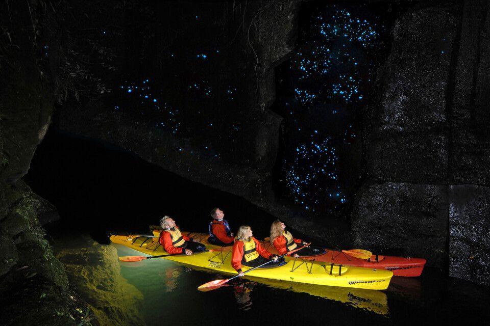 Im Kajak durch die Glühwürmchencanyon am Lake Mc Laren