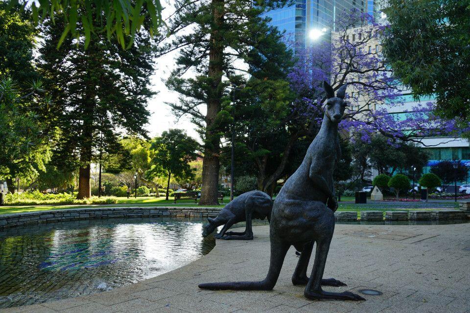 Das Zentrum von Perth hat einiges zu bieten. Neben der modernen Architektur findet man auch zahlreiche Relikte aus älteren Zeiten.