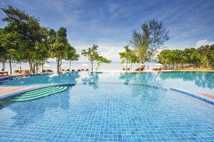 Green Bay Resort auf Phu Quoc - Pool und Strand