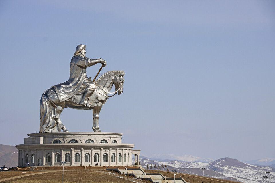 Gigantisches Dschingis Khan-Denkmal