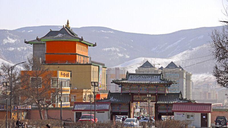 Kontraste in Ulaanbaatar © Diamir