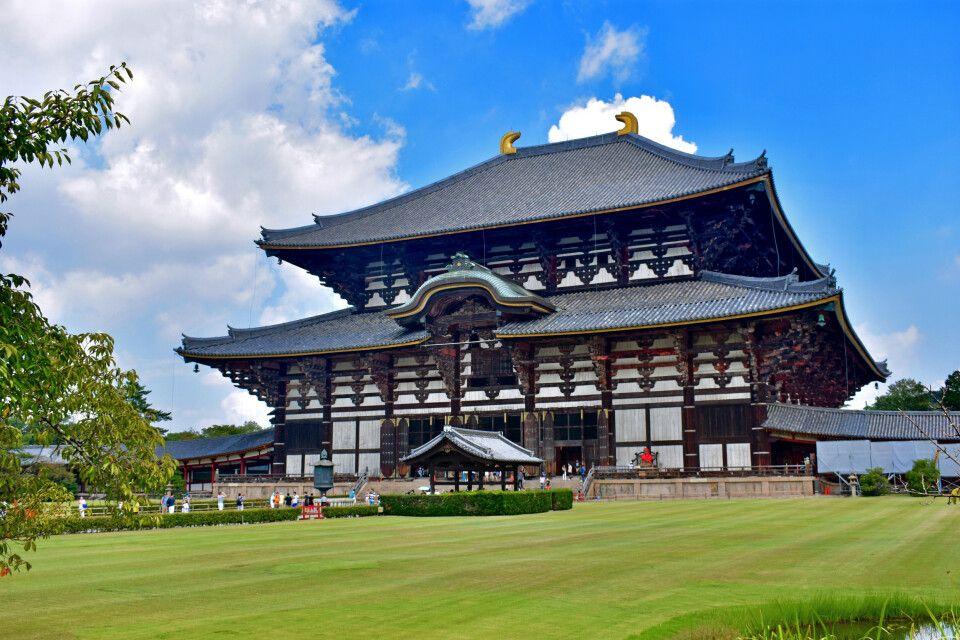 Einst das größte Holzgebäude der Welt – der Todaiji Tempel in Narai