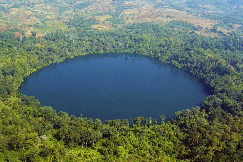 See Yeak Loam – ein 4000 Jahre alter vulkanischer Krater in der Nähe von Banlung