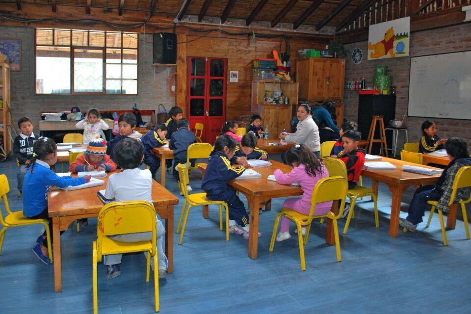 Schulbetreuung und soziale Projekte im Inti Sisa