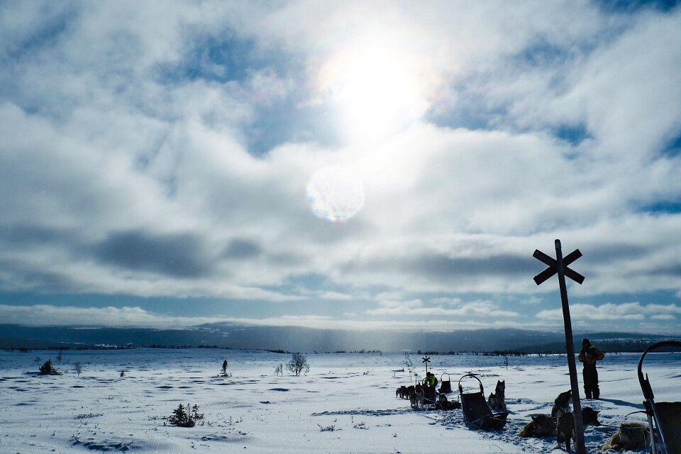 Die unendliche blau weiße Winterlandschaft