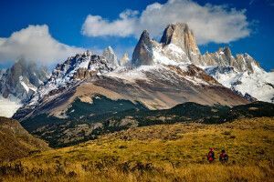 Das beeinruckende Bergmassiv im Nationalpark Los Glaciares mit dem markanten Fitz Roy