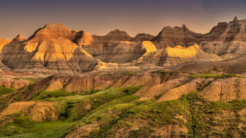 Badlands im Abendlicht, South Dakota © Diamir