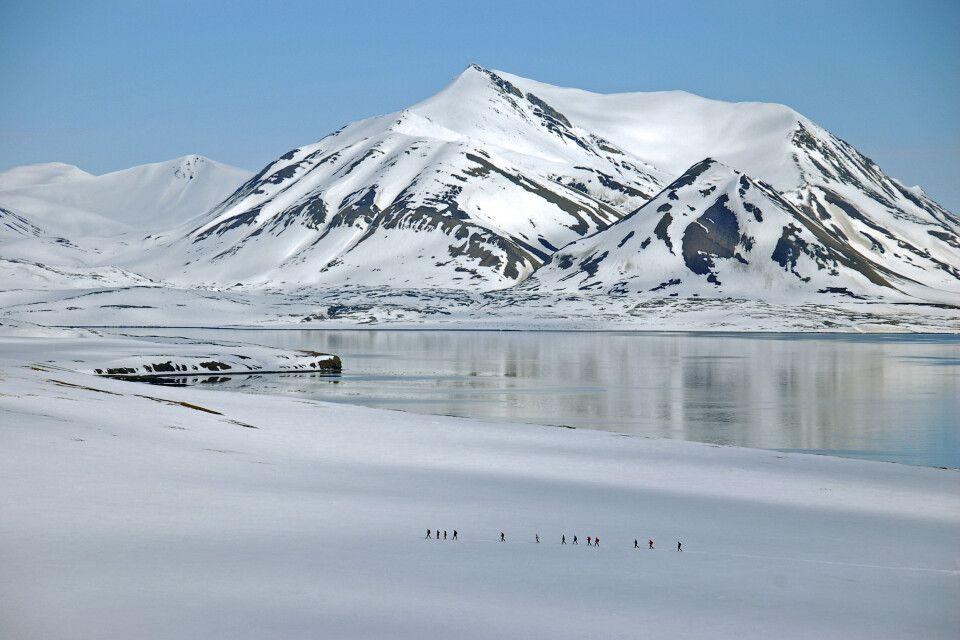 Schneeschuhwanderung in Spitzbergen