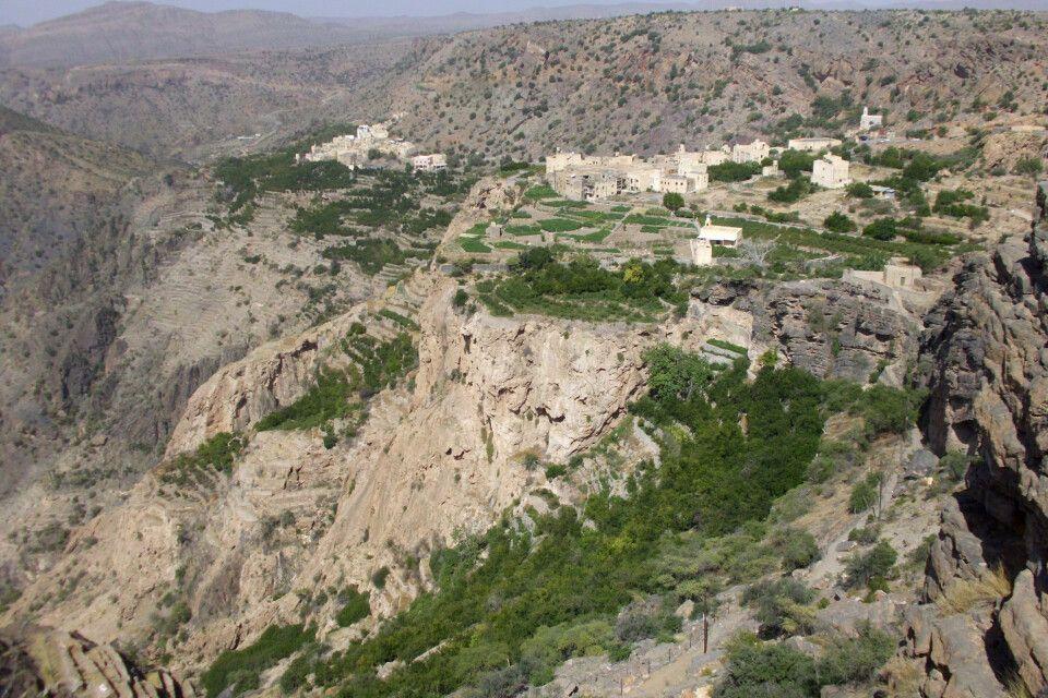 Dörfer auf dem Sayq Plateau
