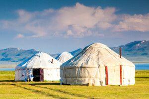 Jurten in Zentralasien