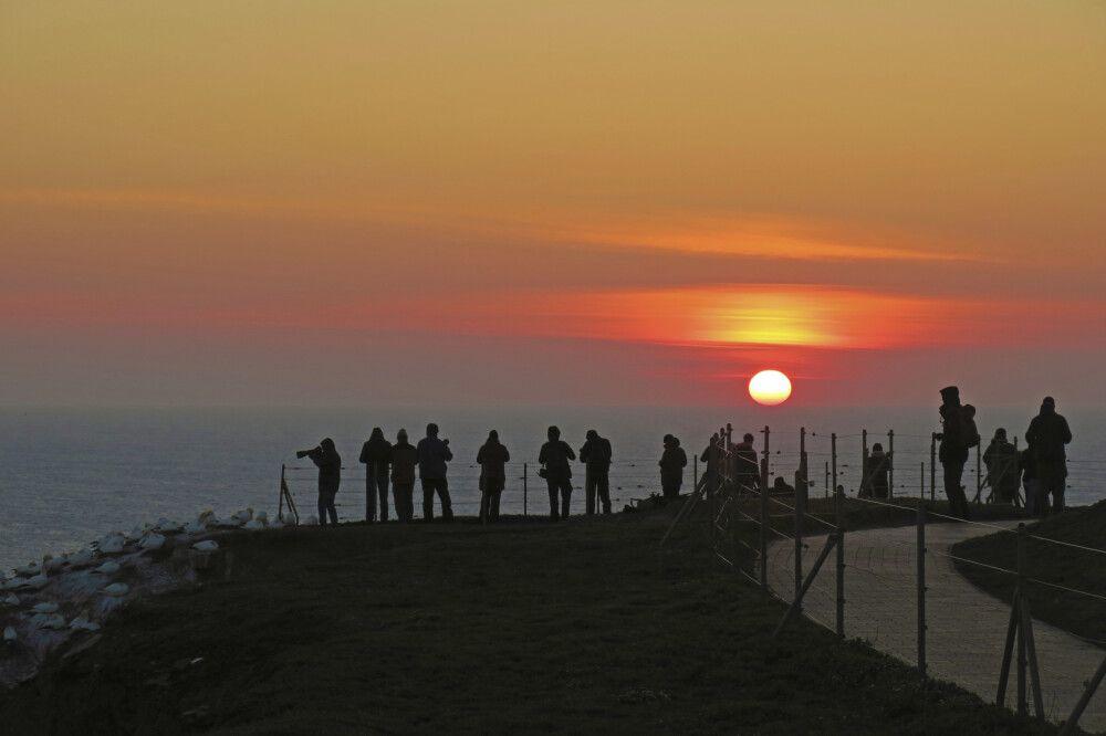 Auch das letzte Licht nutzen: Fotografen in Helgoland