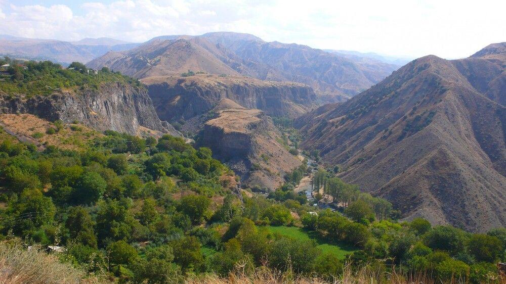 Typische Schlucht in Armenien