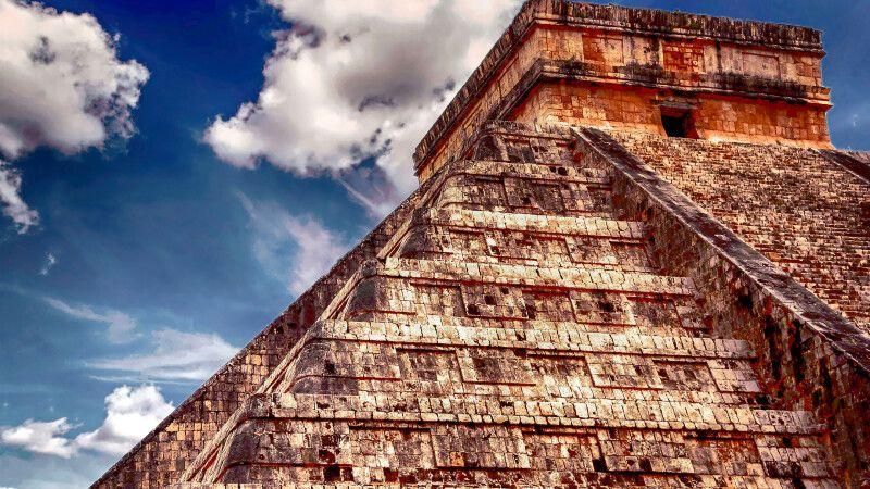 Chichen Itza: bedeutendste Ruinenstätte der Maya-Kultur auf Yucatan © Diamir
