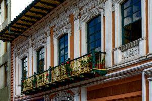 Kunstvolle Details in Cuenca