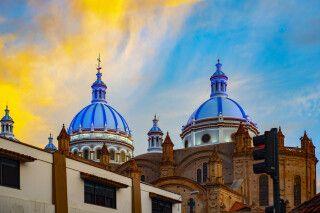Stimmungsvolles Szenario über der Kathedrale von Cuenca