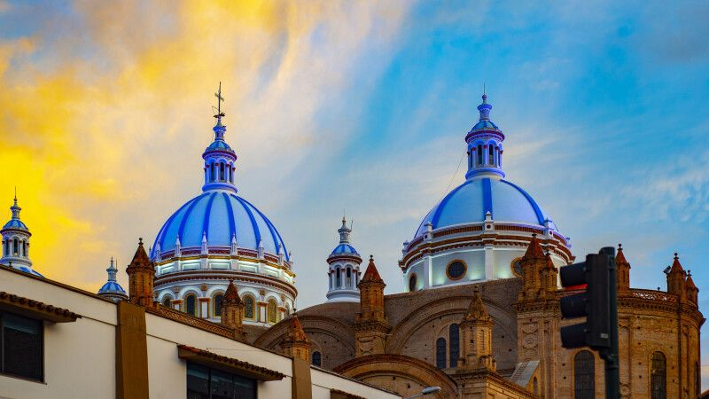 Stimmungsvolles Szenario über der Kathedrale von Cuenca © Diamir