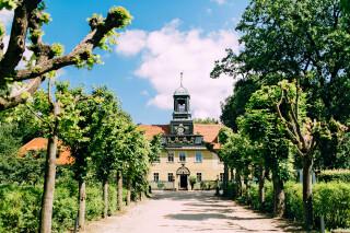 Zufahrt zur Villa Sorgenfrei