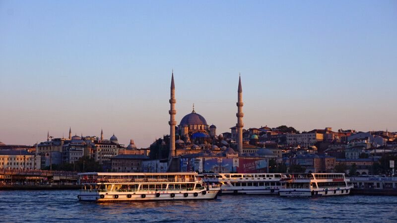 Am Herzen des Bosporus in der pulsierenden Metropole Istanbul © Diamir