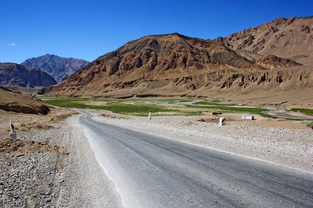Fahrt entlang des Pamir-Highways