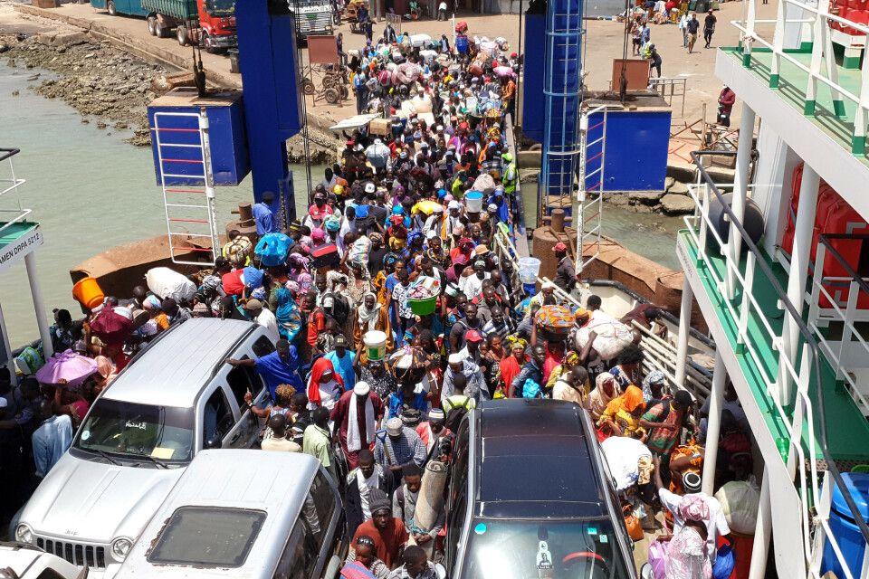 Fähre Banjul-Barra