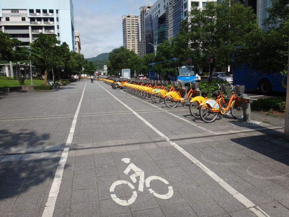 In Taiwan kann man nicht nur gut wandern, auch Radfahren wird ganz groß geschrieben. Und besonders in den Städten wie Taipeh laden zahlreiche Mieträder dazu ein, die Stadt zu erkunden.