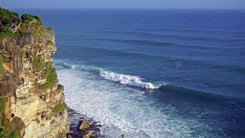 Wellen vor Uluwatu © Diamir