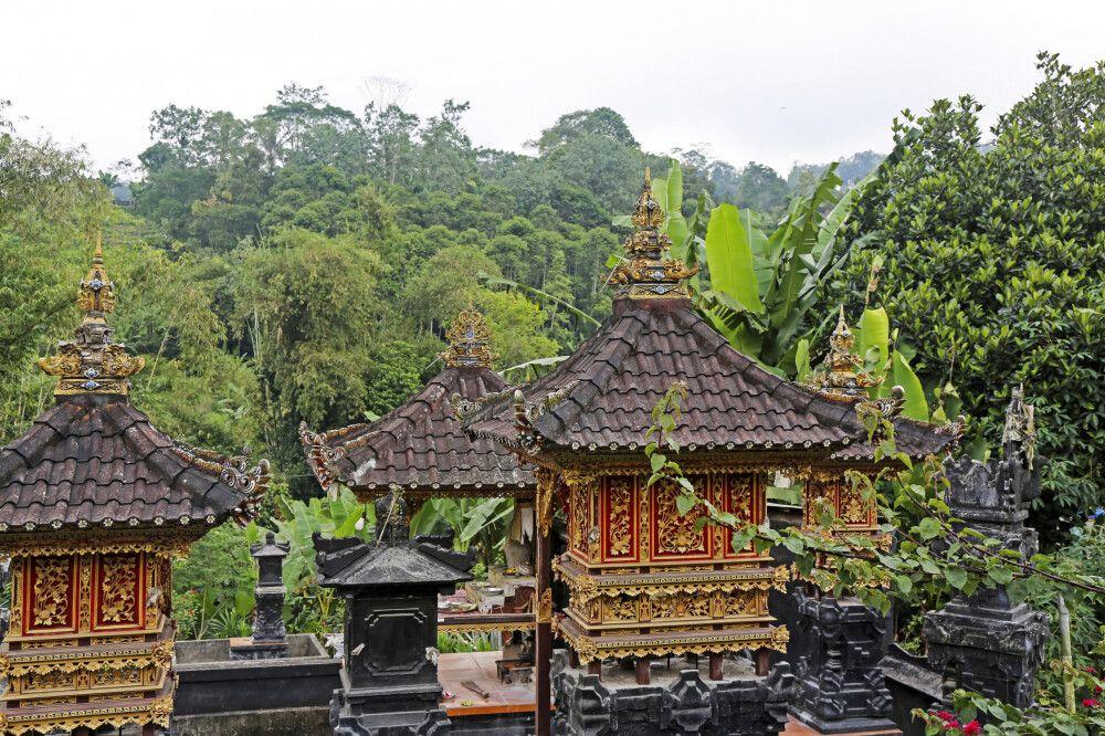 Tempelbau auf Bali