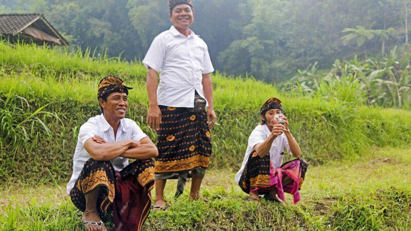 Begegnungen im Reisfeld auf Bali © Diamir